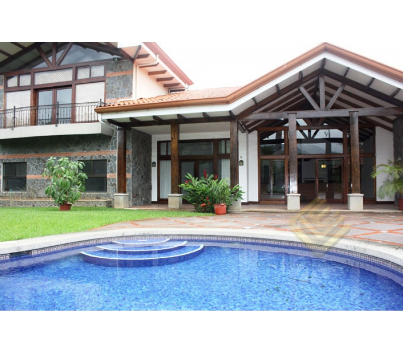 Charming house in Valle del Sol with 5 bedrooms and pool